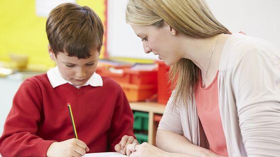 Book a handwriting teacher